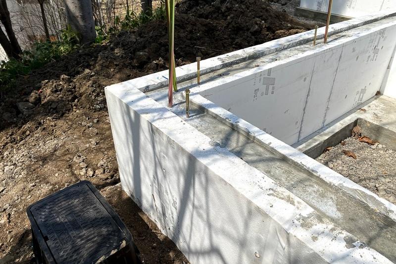 神楽の家基礎ダンボウ配管の施工